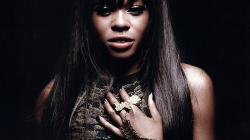 Azealia Banks – Son album «Broke With Expensive Taste» est enfin là