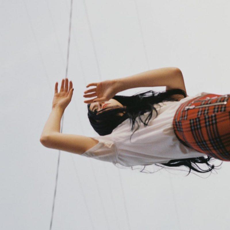 Luna Shadows dévoile millennia, sa nouvelle chanson