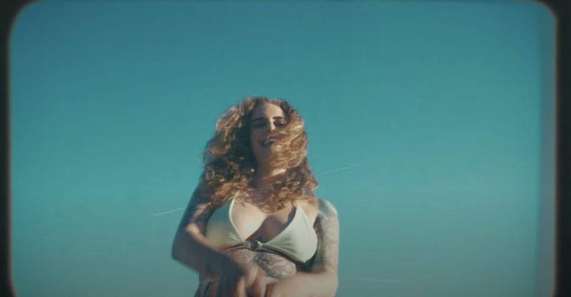 Summer Vibes lesbiennes avec le clip «That Feel» de la rappeuse canadienne Lex Leosis