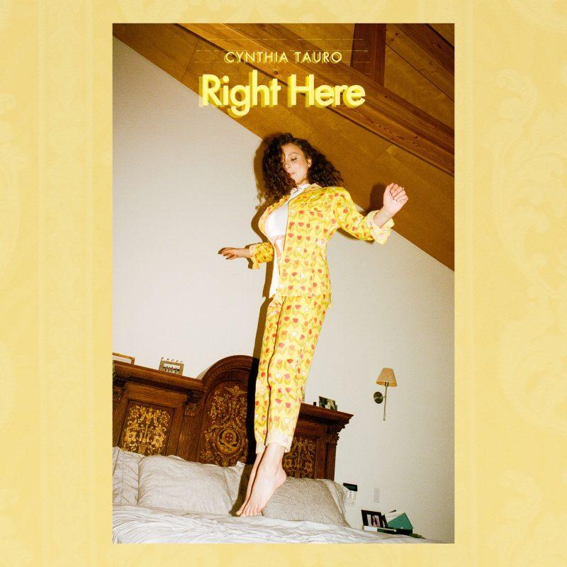 Ballade Latine Neo-soul avec la canadienne Cynthia Tauro dans «Right Here»