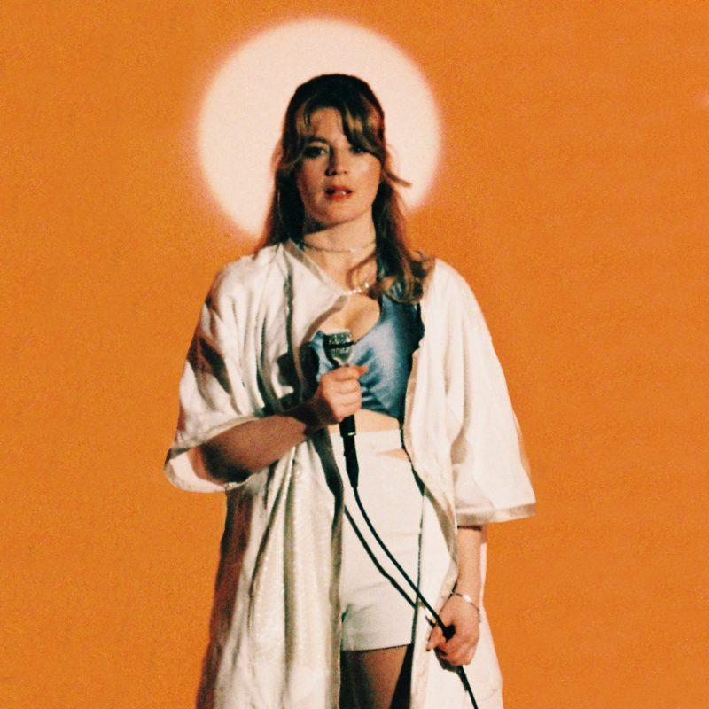 Découvrez la voix Angélique de la chanteuse suisse Ay Wing et son titre Funk RNB Electro «Lift me Up»