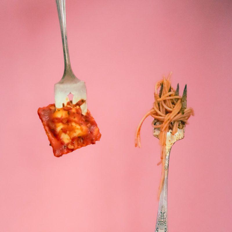 Passez à table avec «Ravioli» pour le menu Électro-Future de Hobbes