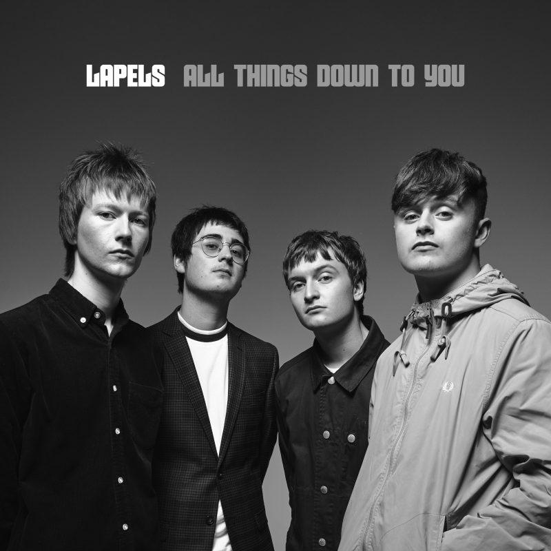 Britpop-Rock nouvelle génération avec Lapels sur «All Things Down To You»