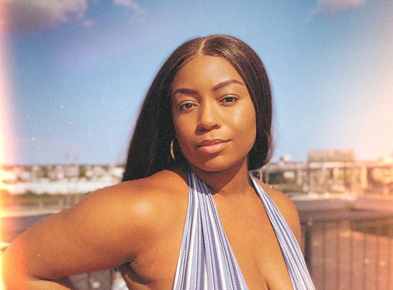 Pause RnB avec Saige Noelle et le clip «Alright With me»